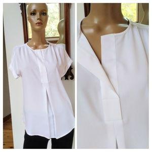 Lord & Taylor. Size small. Tailored blouse.
